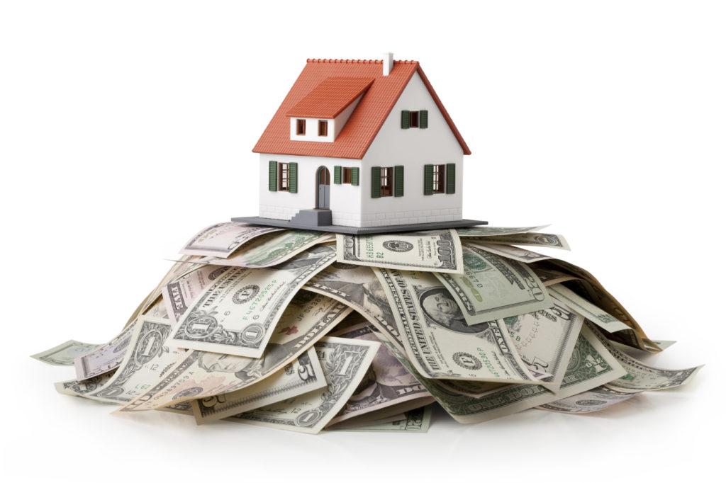 Дом стоит на деньгах