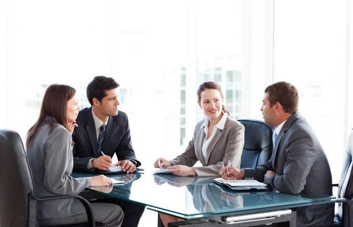 Бизнесмены на переговорах