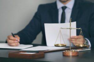 Судья по взысканию неустойки с застройщика